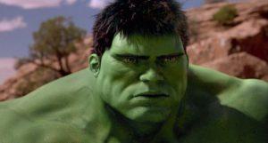Die 10 schlechtesten Superhelden-Filme aller Zeiten: Hulk: Glattrasierter Rüpel in glattpoliertem Rumpelfilm (Quelle: 2.bp.blogspot.com)